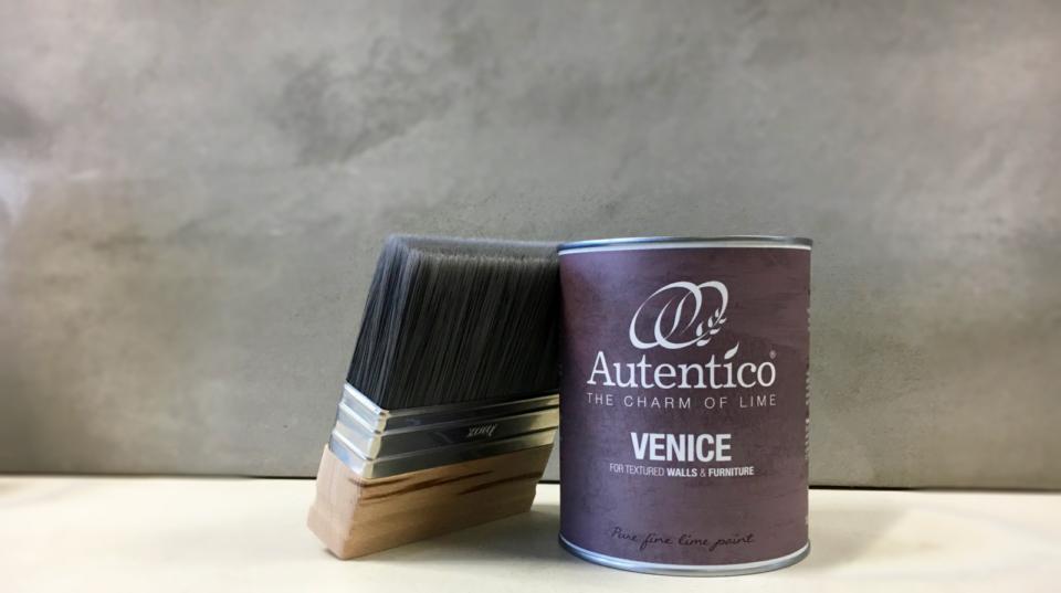 Autentico Paint packaging